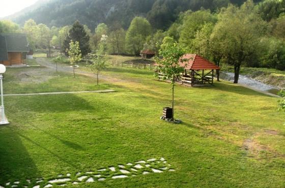 Etno selo Biser Lopatnice