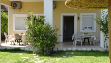 Aegealis Studios & Apartments