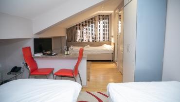 Hotel Dijana